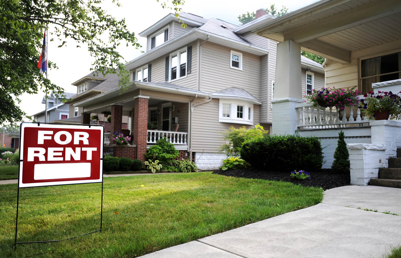 Can Renting Help Your Credit? | Experian